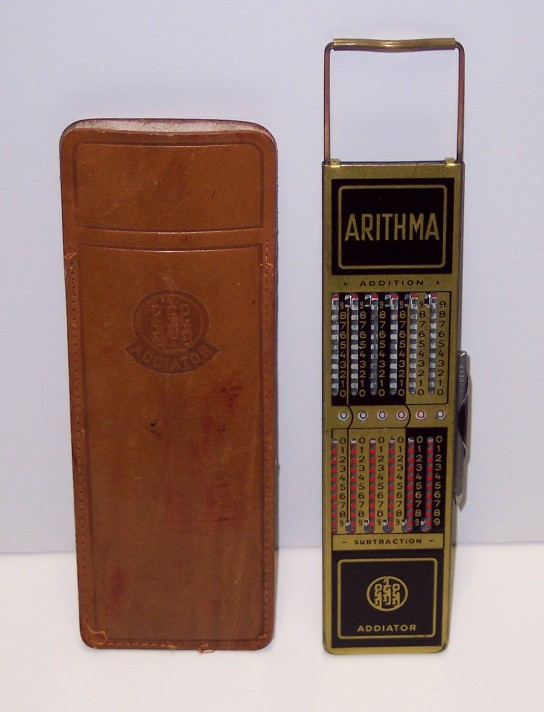 Ancienne calculatrice Arithma