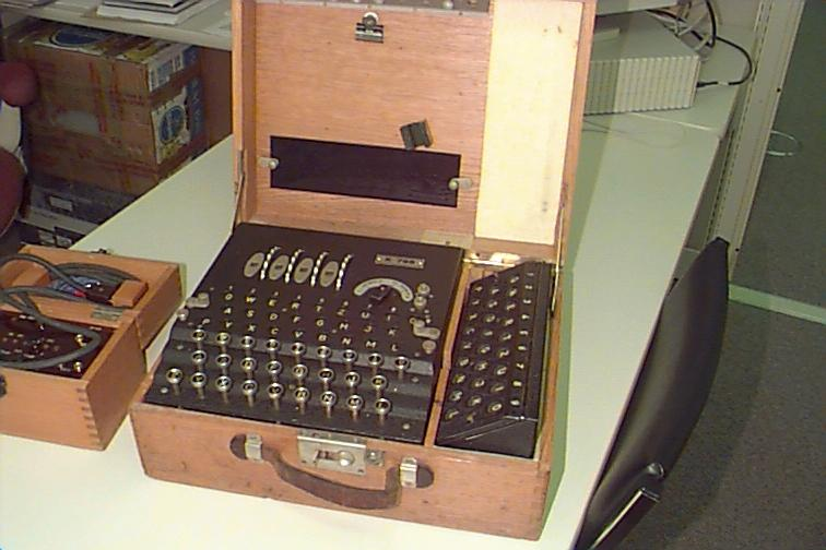 WW-II German Commercial 4-rotor Enigma